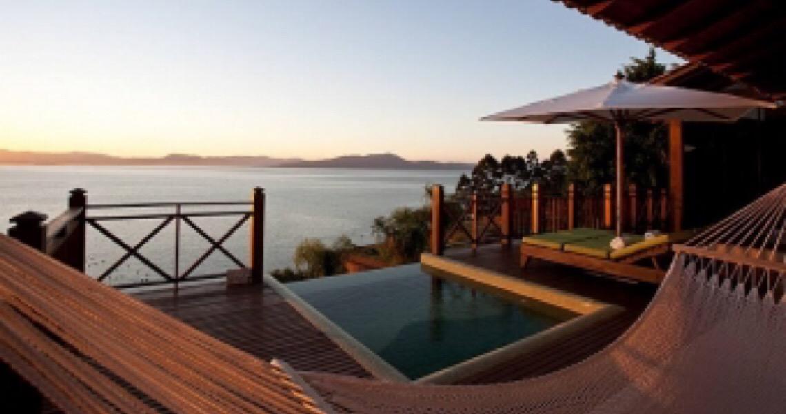 Hotéis de luxo atraem brasileiros que costumavam viajar ao exterior