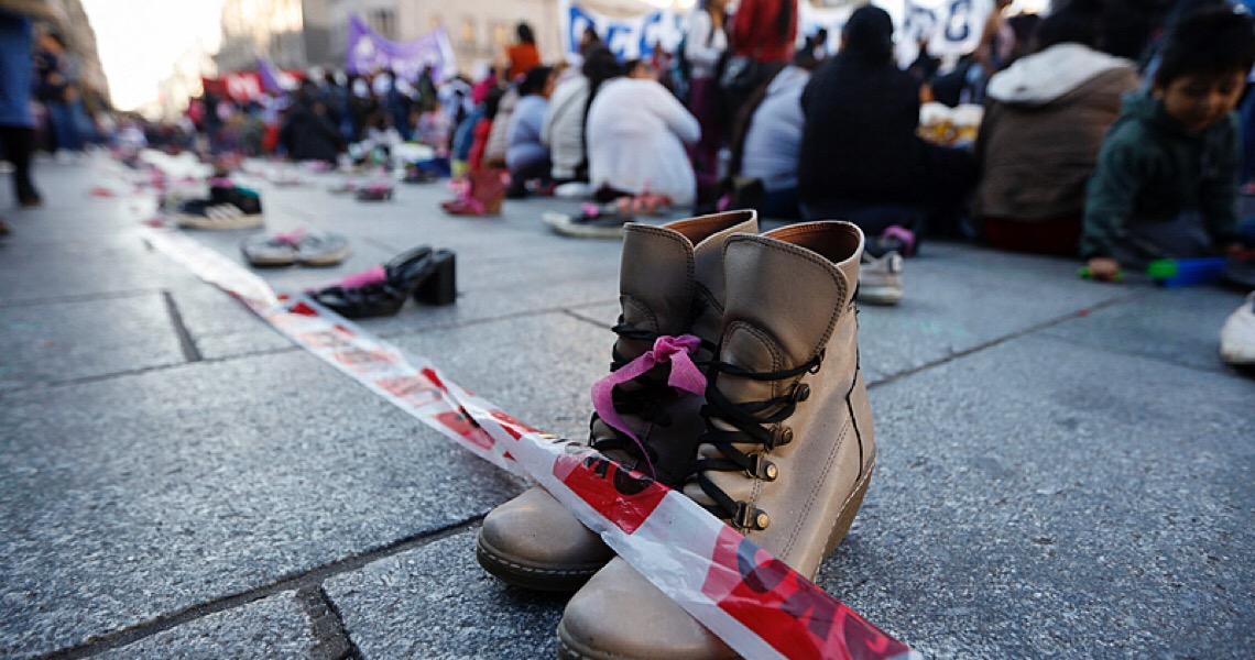 Um em cada cinco feminicídios é provocado por agentes de segurança na Argentina
