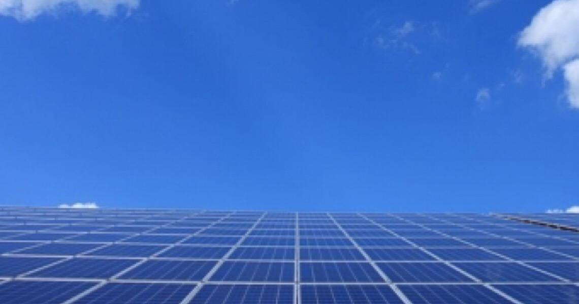 Empresas de energia solar crescem na esteira da alta no setor no Brasil