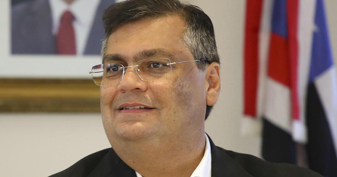 Flávio Dino manda recado a Bolsonaro; 'leitos não são um favor e sim um dever do governo federal'