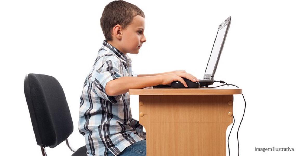 Turma mantém decisão que condena DF a disponibilizar monitor para aluno autista