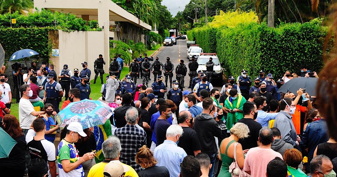 Manifestações contra o lockdown no DF são atos políticos