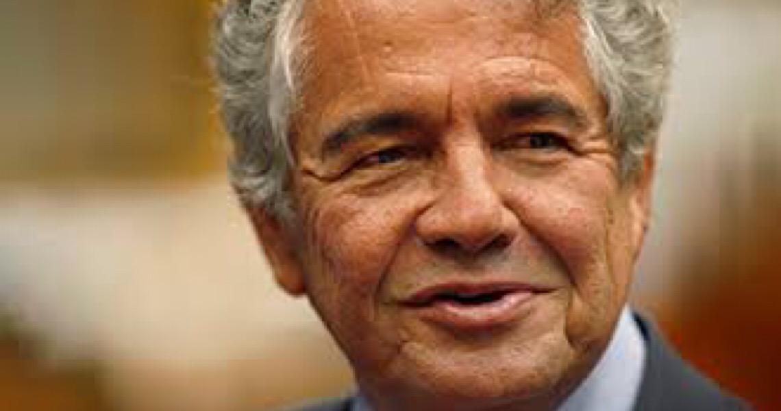 Omissão de dados de Flávio por cartório é 'condenável' e 'ruim em termos de avanço cultural', diz Marco Aurélio
