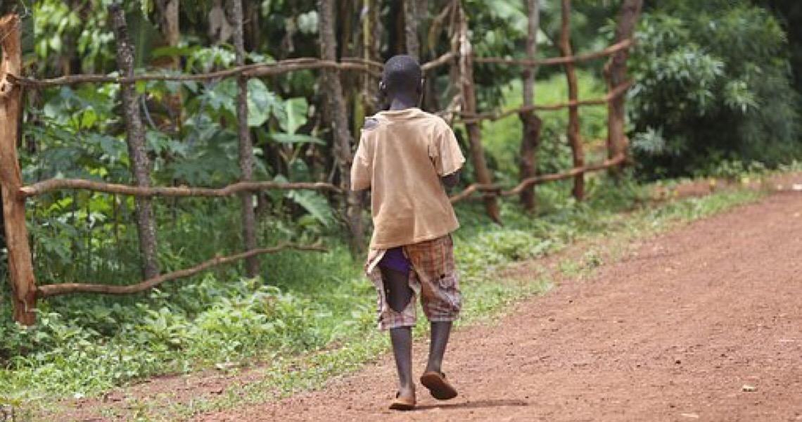 Pobreza infantil deve aumentar 15% por causa da covid-19, diz Unicef