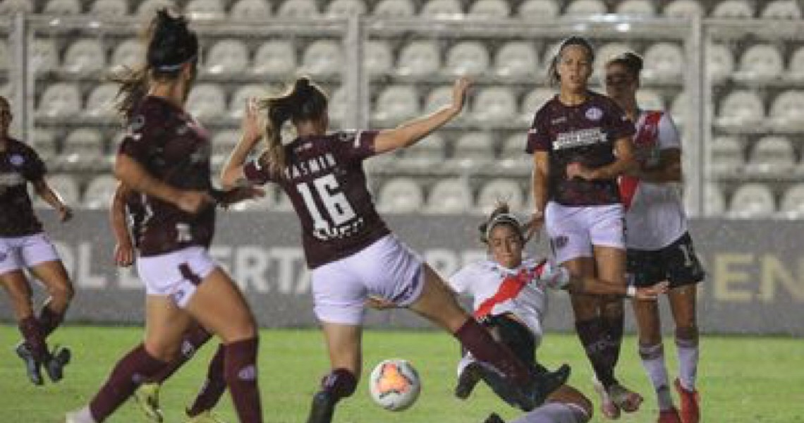 Zagueira-artilheira leva Ferroviária à semi da Libertadores Feminina