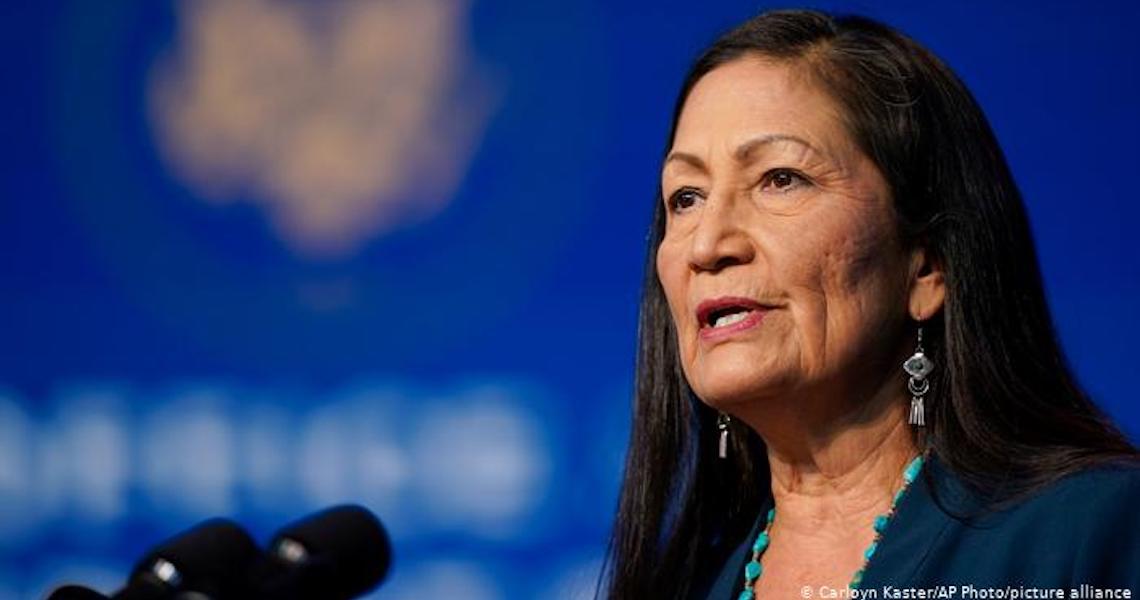 Indígena chefiará secretaria do governo dos EUA pela 1ª vez