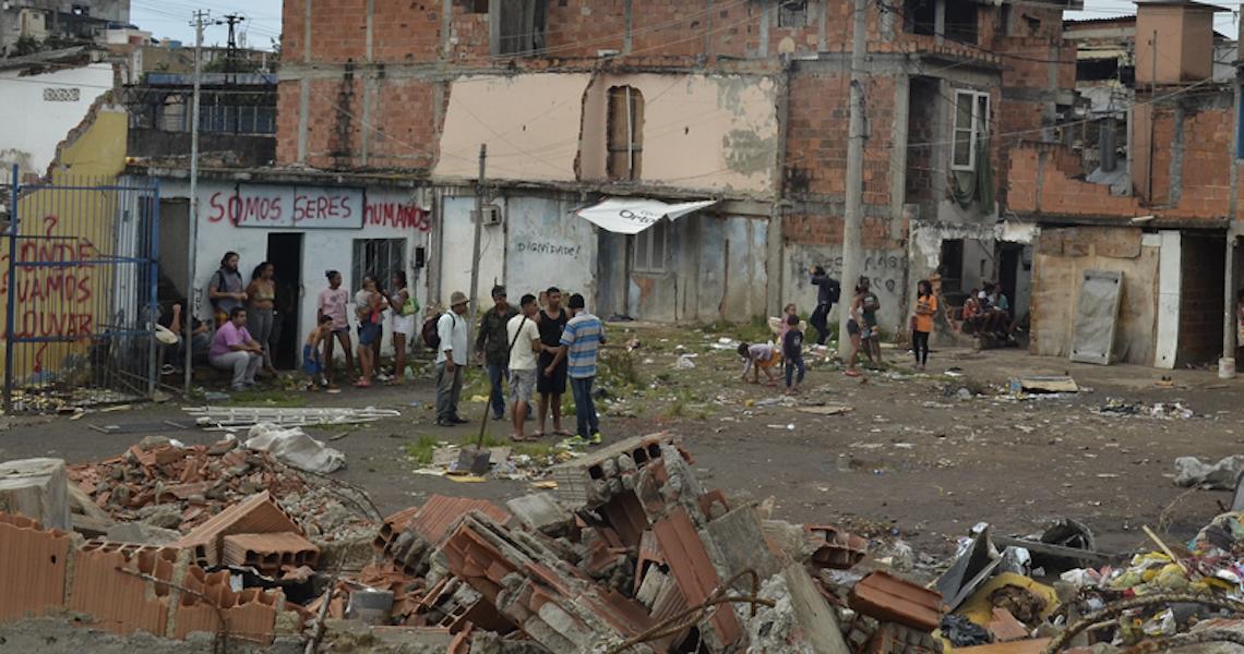 Pandemia agrava miséria e segurança alimentar no Brasil fica em 'situação de pré-colapso