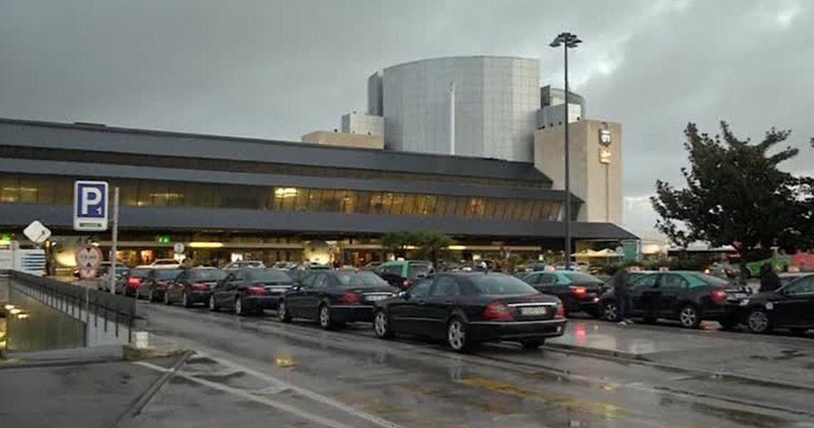 Portugal reabre museus, terraços e escolas após dois meses de fechamento por pandemia