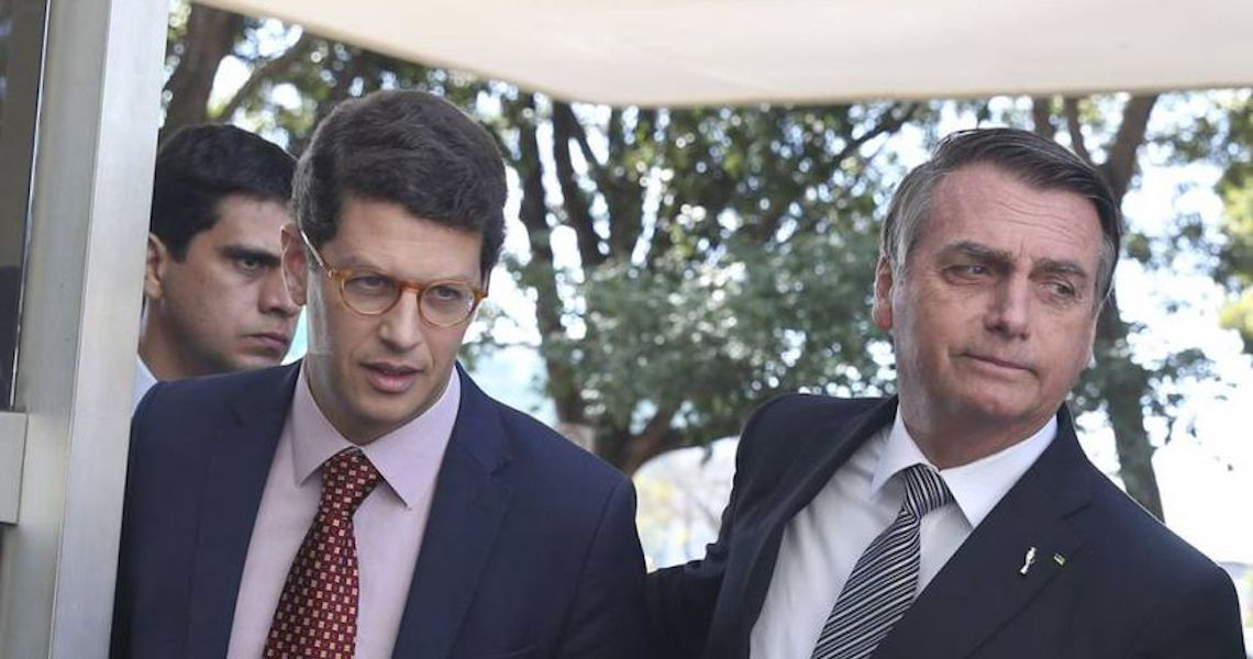 Governistas avaliam mal política ambiental de Bolsonaro