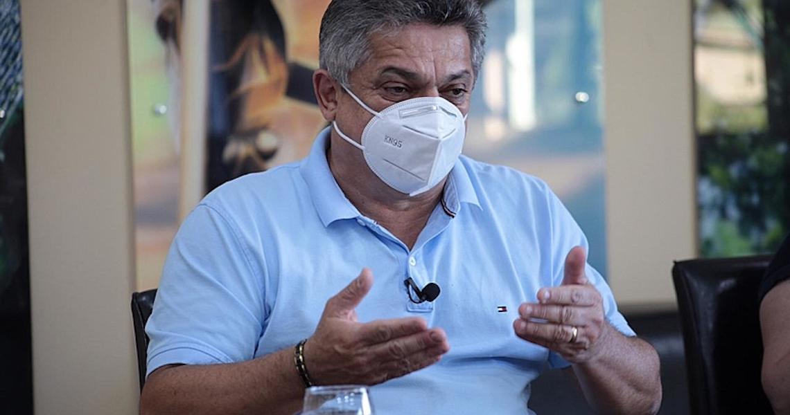 Elogiada por Bolsonaro, Chapecó só reduziu mortes após lockdown de 14 dias em março