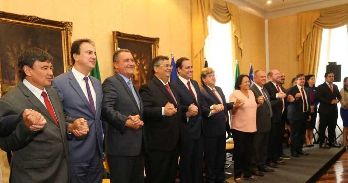 De forma unânime, todos os governadores do Nordeste condenam agressão de Bolsonaro ao STF e dizem que o Brasil exige respeito