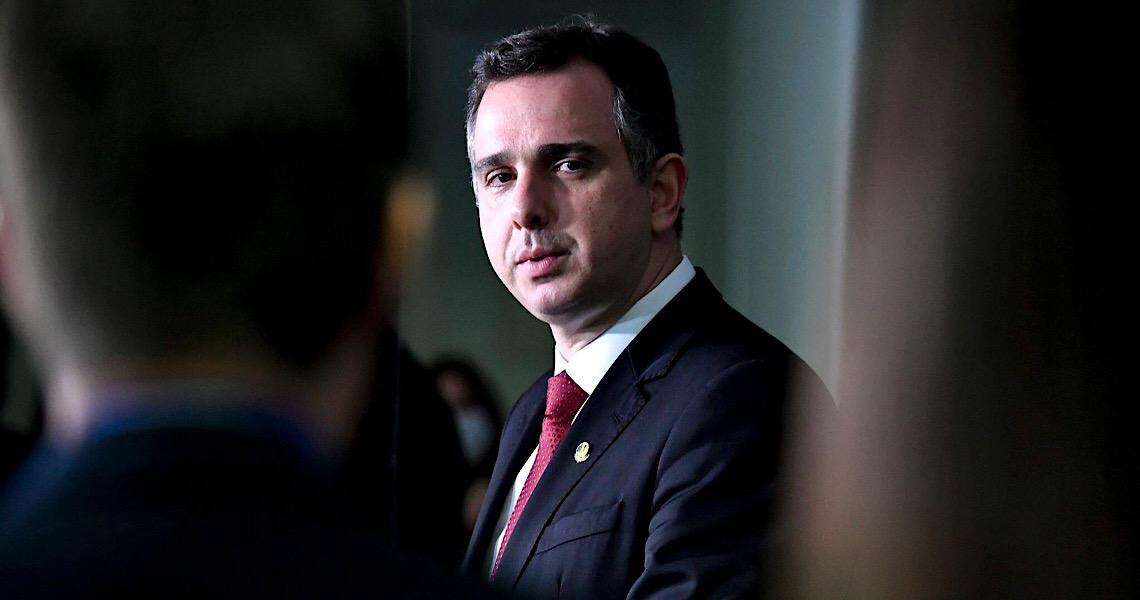 Pacheco critica negacionismo de Bolsonaro e diz que dará liberdade total à CPI da Pandemia