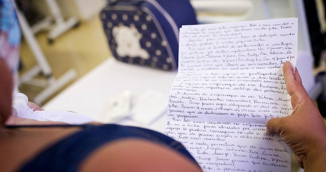 Mãe escreve carta a profissionais que cuidaram da filha