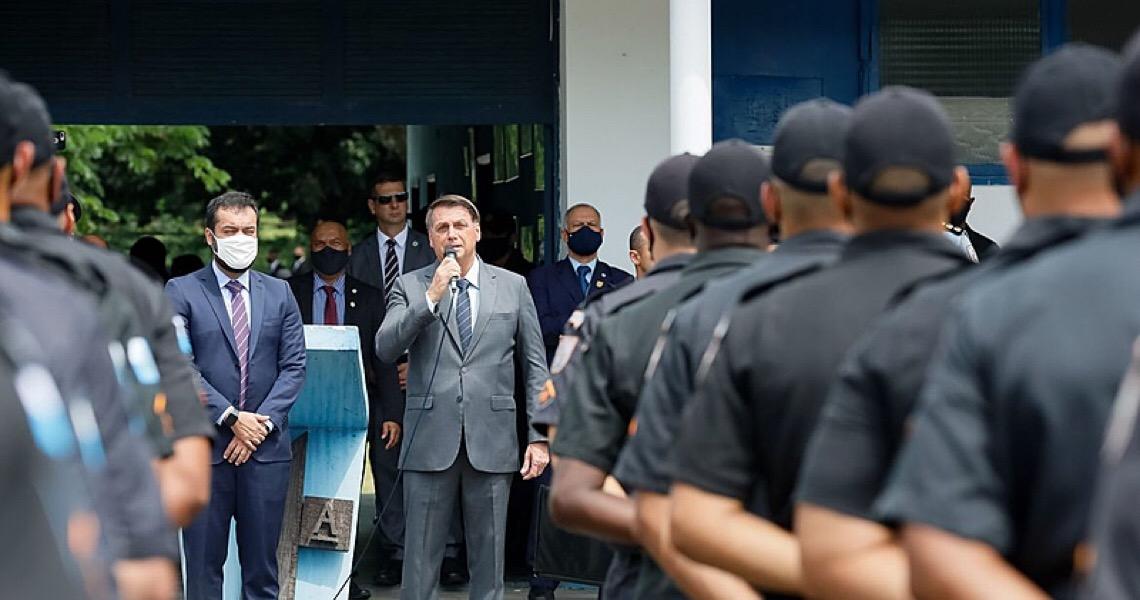 PEC Emergencial congela benefícios de policiais e acentua crise com Bolsonaro