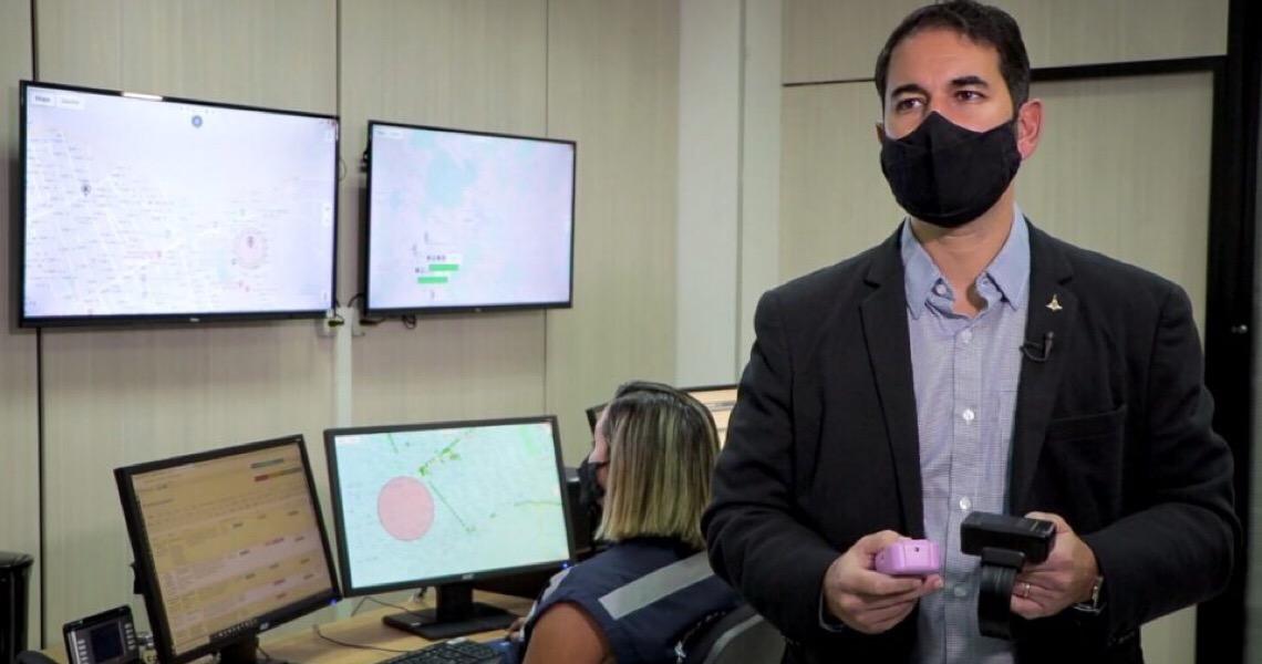 Primeira prisão a partir de alertas de dispositivo móvel