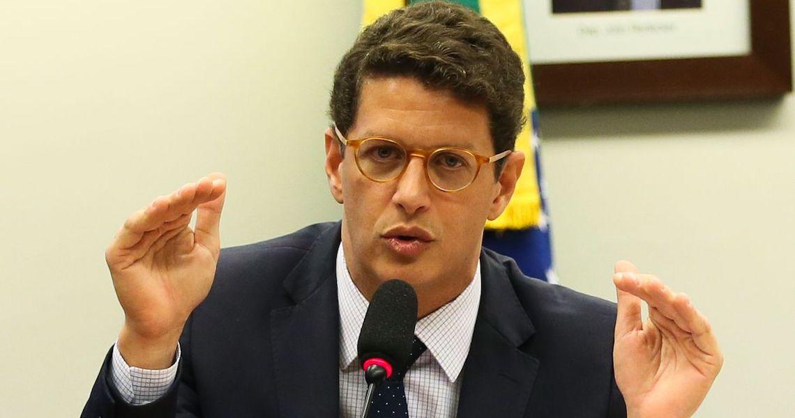 Ricardo Salles em entrevista patética, abre nova crise a poucos dias da reunião com Biden