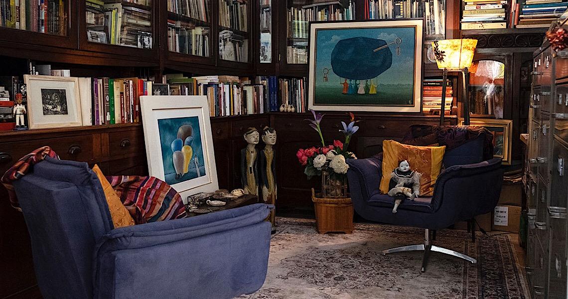 A história de Miúcha, que contrai Covid e se isola numa biblioteca