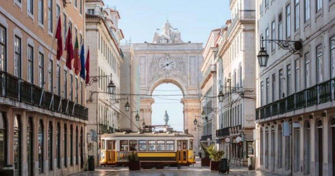 Após lockdown, Portugal registra apenas uma morte por Covid em 24h
