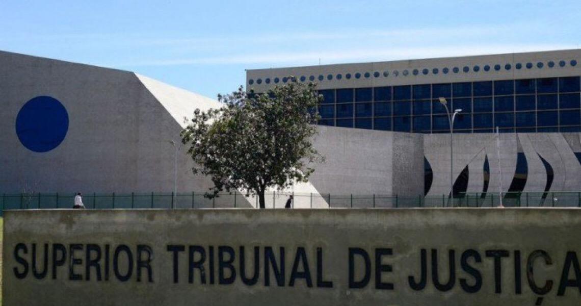 STJ garante aposentadoria de subtenente à Maria Luiza, 1ª militar transexual