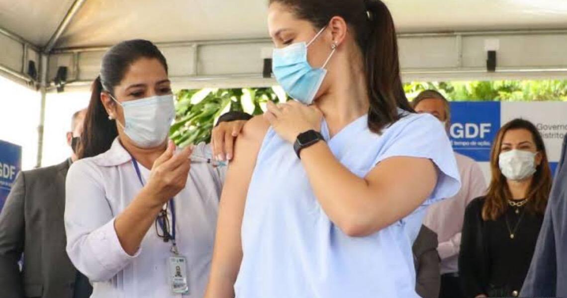 Cinco variantes do coronavírus circulam no DF; a de Manaus é predominante
