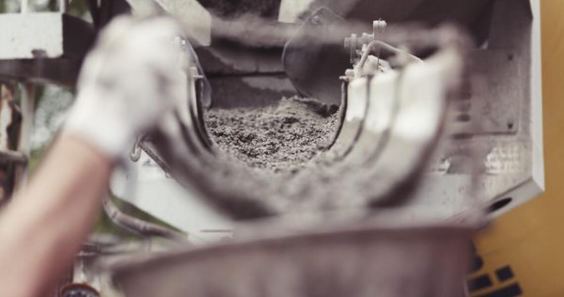Maior fabricante de cimento do mundo vai deixar o Brasil, diz agência Bloomberg