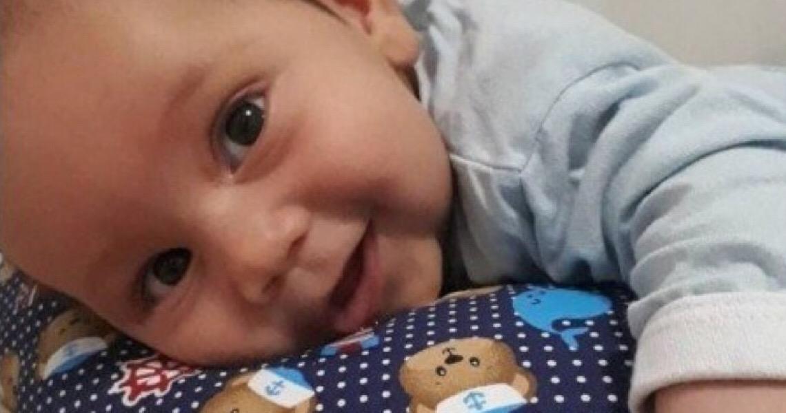Bebê com AME ganha ação na Justiça por remédio mais caro do mundo