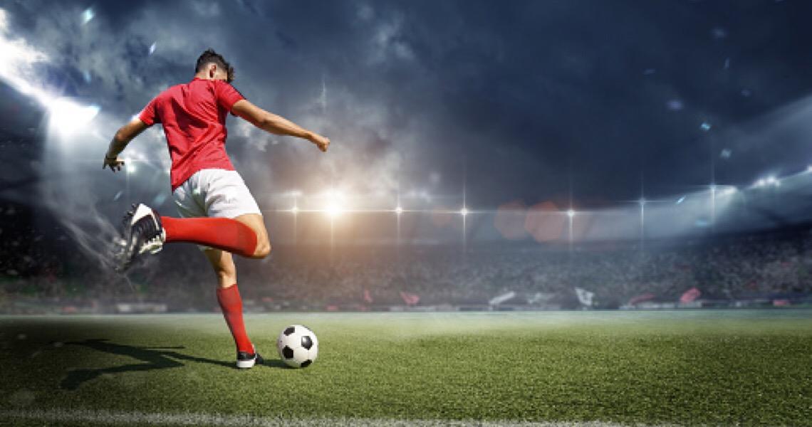 Veja o TOP 10 dos melhores jogadores brasileiros na Europa e a lista dos atletas que decepcionaram