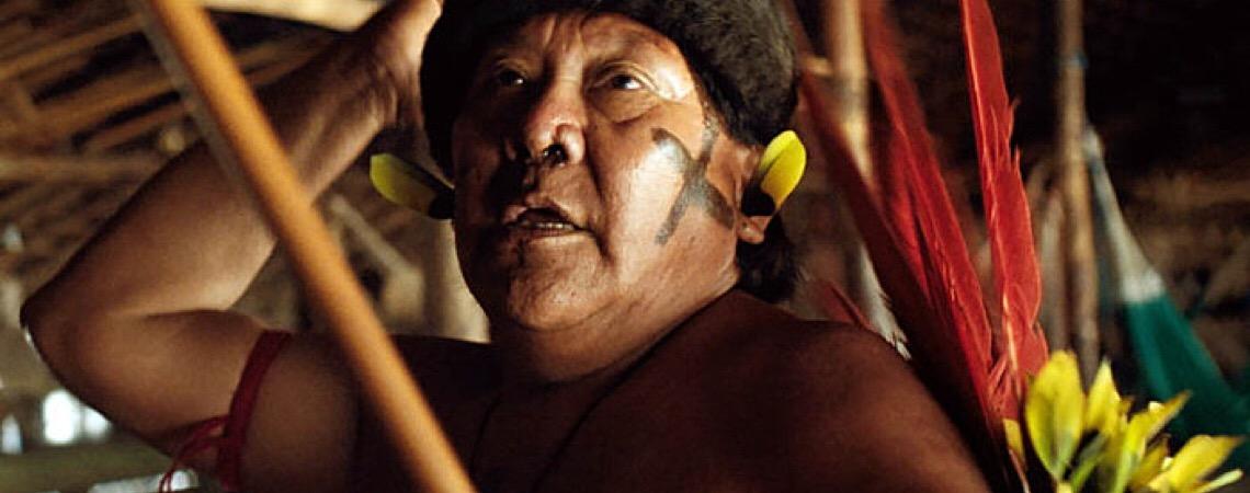 Filme com Davi Kopenawa alerta sobre avanço do garimpo: