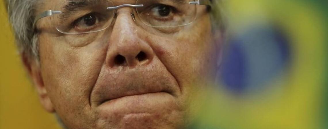 Guedes diz que Estado 'quebrou' e será 'impossível' atender demanda crescente na saúde