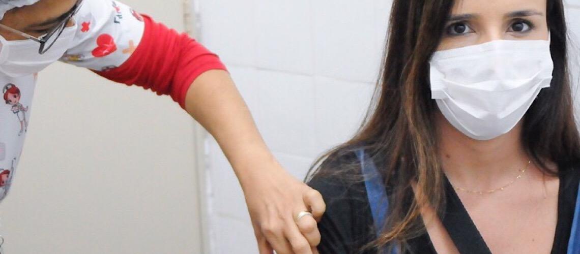 Saúde lança campanha 'Não importa a marca, o importante é vacinar'