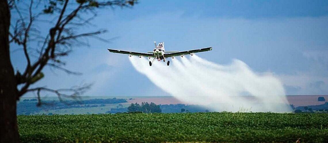 Fazendeiros são multados por pulverização de agrotóxicos que atingiu criança no MA