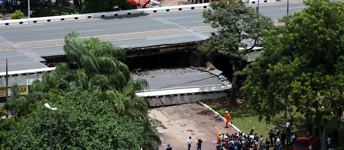 Ex-gestores da Novacap e Secretaria de Obras são indiciados por queda de viaduto no Eixão