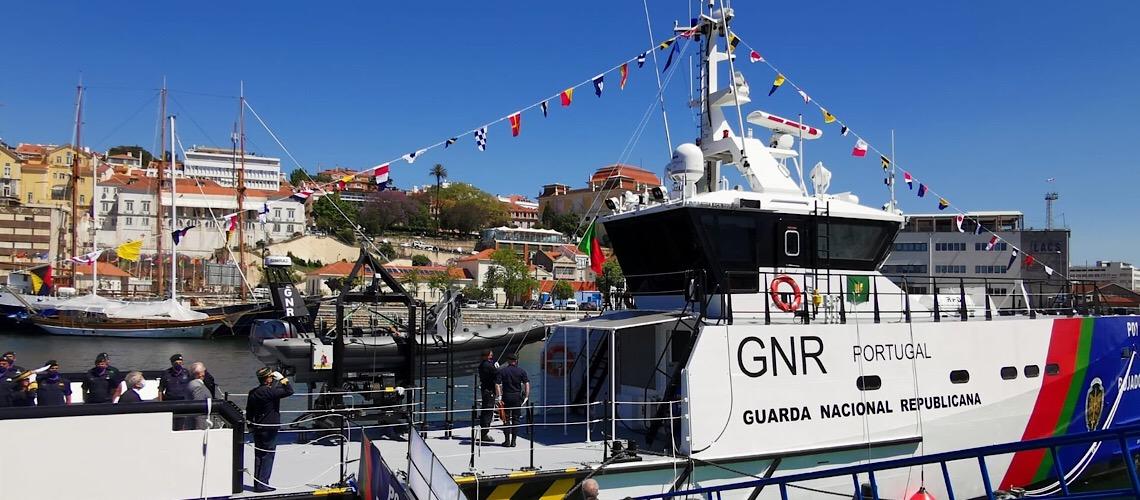 Nova lancha de patrulhamento é reforço decisivo do papel da GNR como guarda costeira portuguesa
