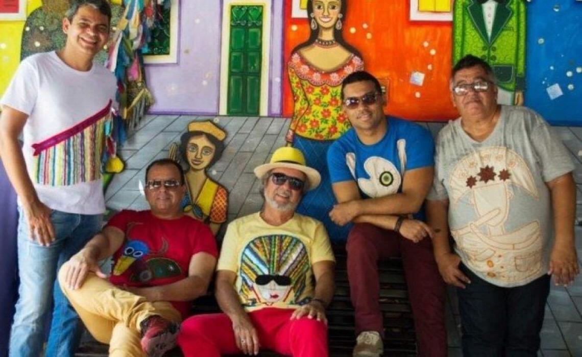 Grupo pernambucano Quinteto Violado, em atividade, completa 50 anos