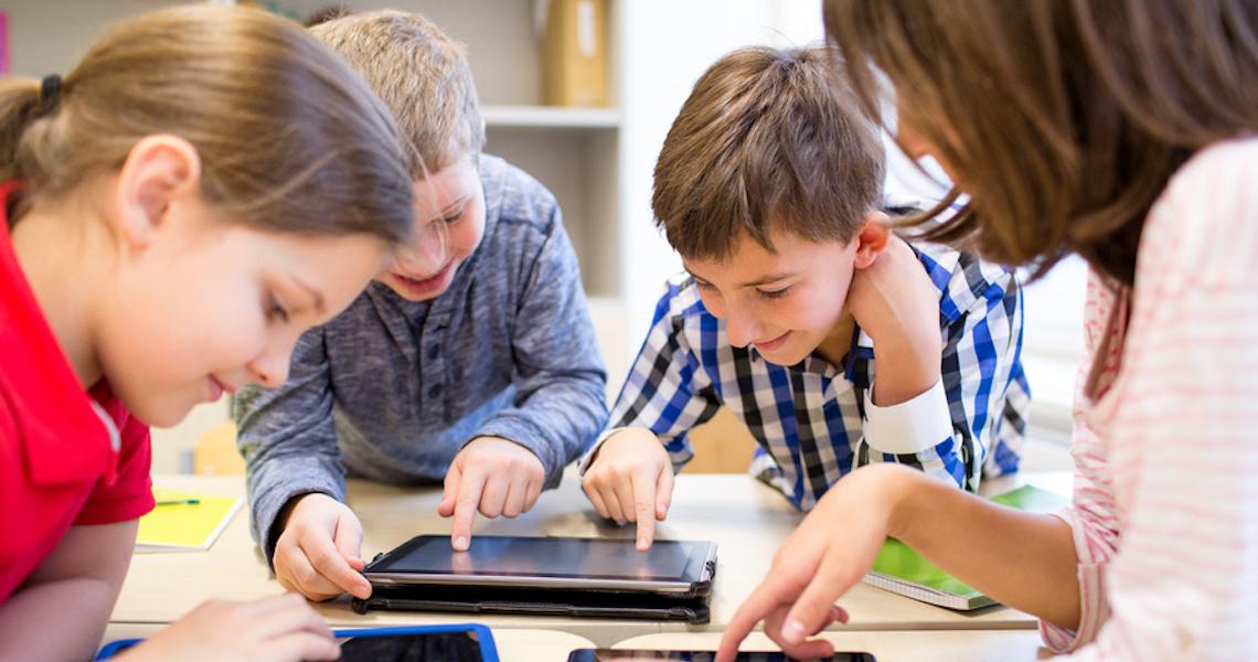 Primeira competição infantil internacional da Happy Code é sobre educação financeira