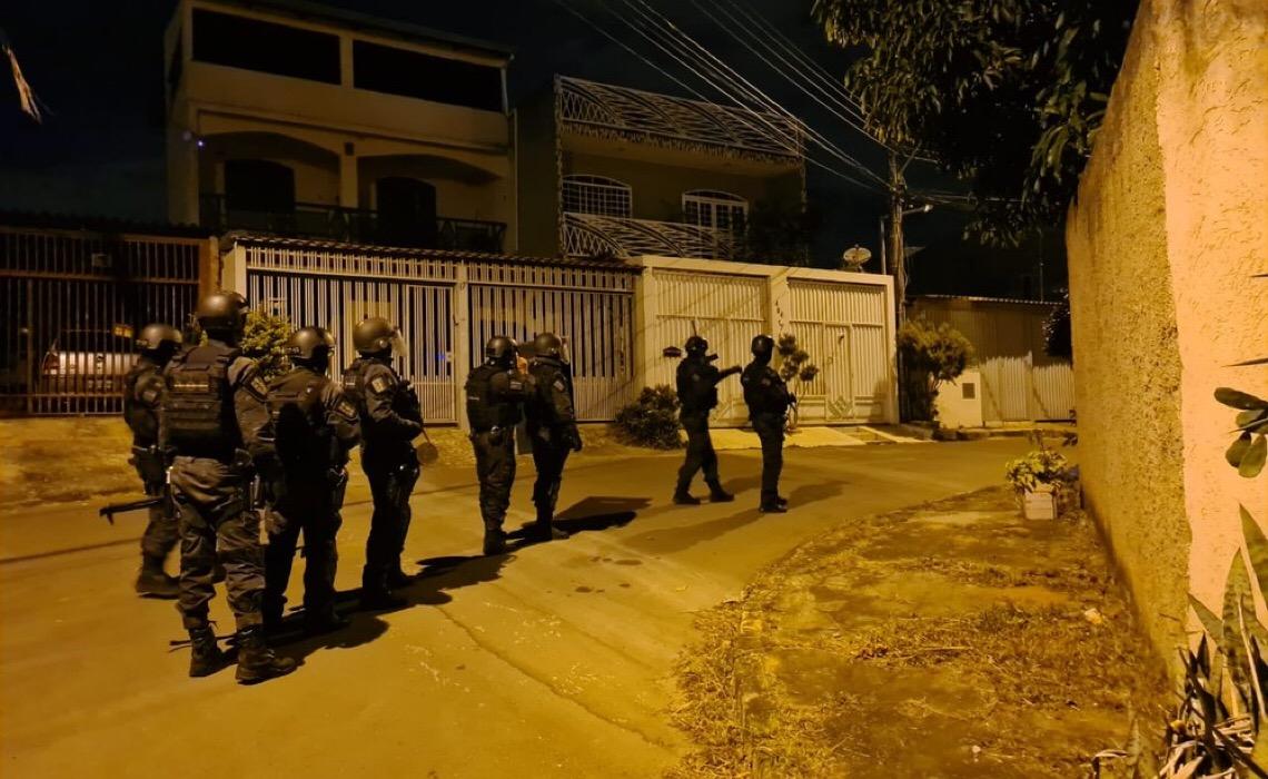 Polícia Civil do DF prende quadrilha que fraudou R$ 3 milhões em transações bancárias