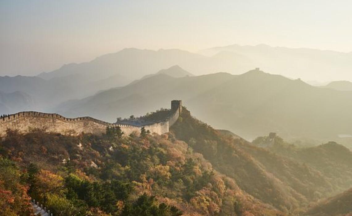 China se beneficia de controlar a Covid-19 com boas práticas, diz especialista da OMS