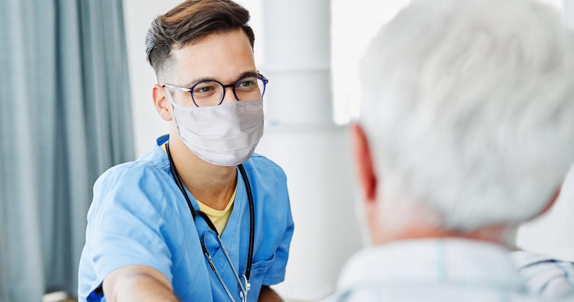 Enfermeiros se dedicam à profissão pelo amor ao próximo