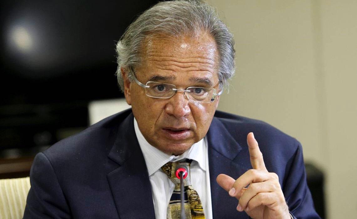 Servidores querem Paulo Guedes fora do Ministério da Economia