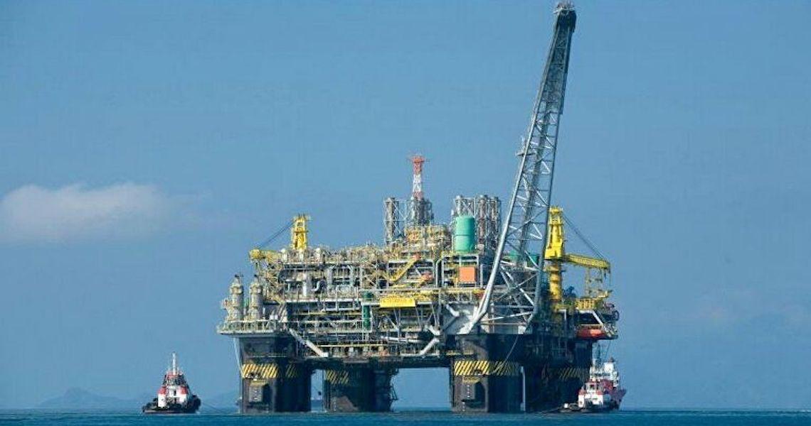 Apesar da crescente venda de ativos, especialista acha 'muito improvável' privatização da Petrobras