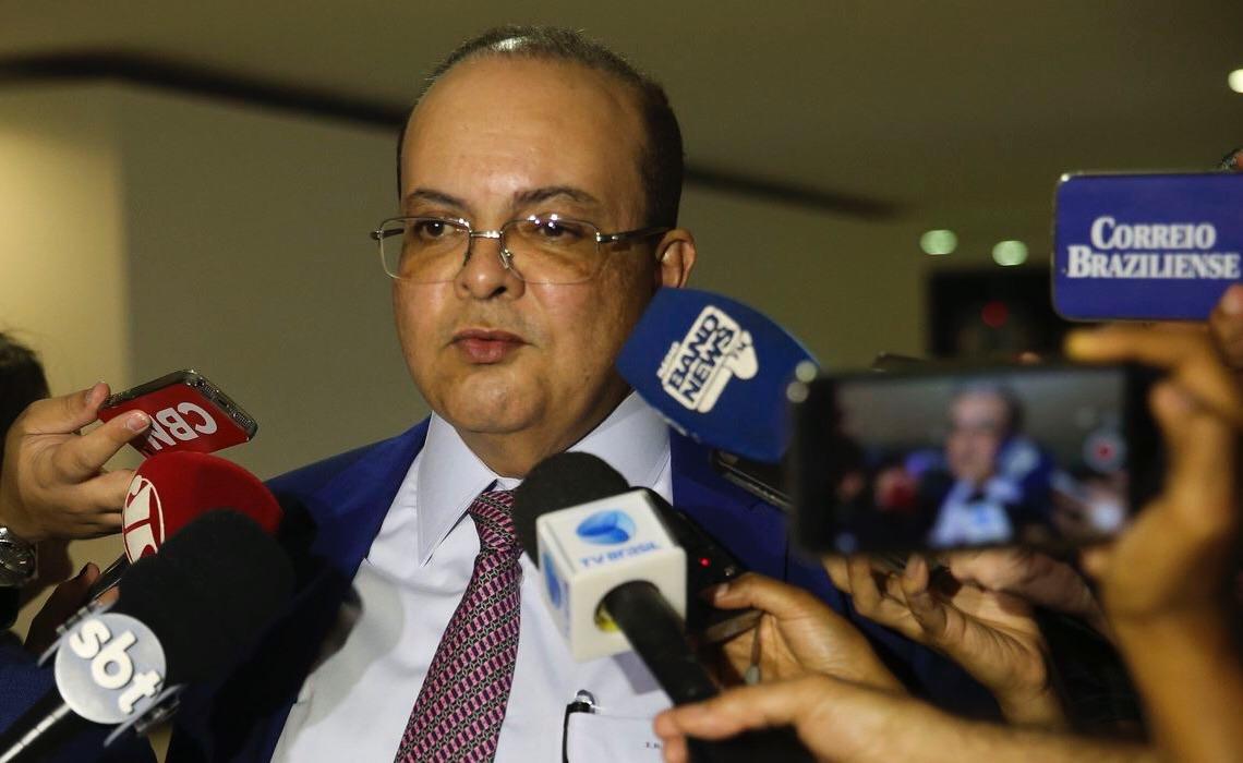 """""""Nada irregular"""", diz Ibaneis sobre receber cota do orçamento secreto"""