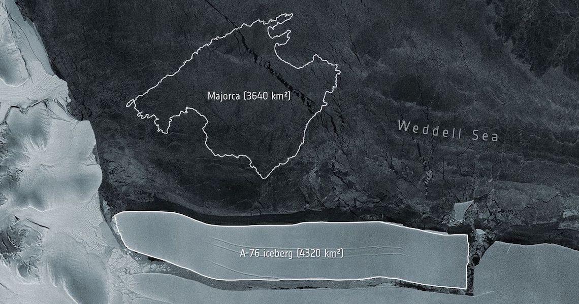 Iceberg gigante se desprende na Antártica