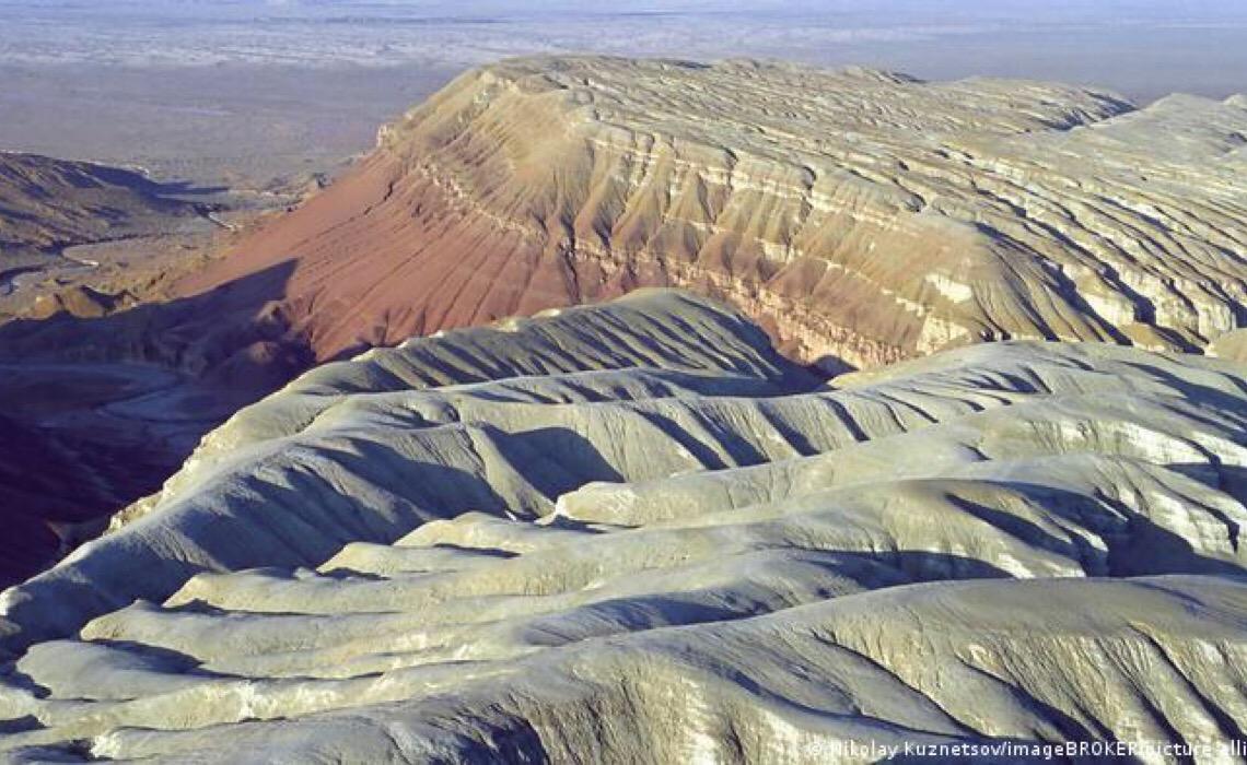 Demanda mundial por areia gera crises ambientais e corrupção
