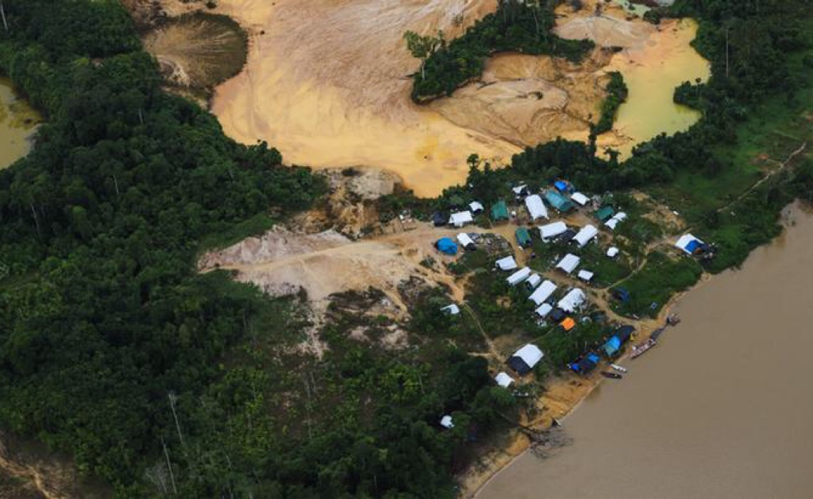 Luís Roberto Barroso ordena que governo federal proteja terras indígenas