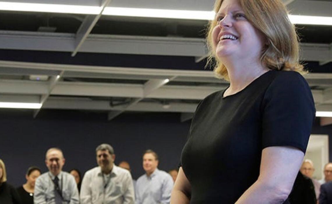 Pela primeira vez, em 143 anos, uma mulher comanda a redação do Washington Post