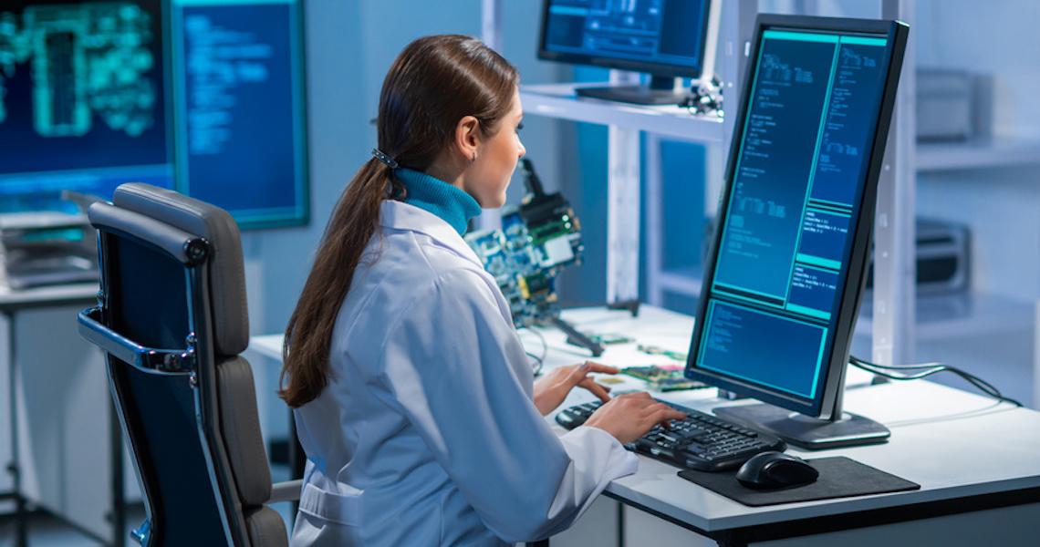 Programa Conectadas abre inscrição para curso gratuito de tecnologia