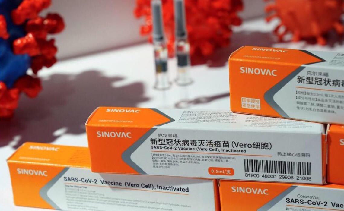 Documentos provam que as agressões de Bolsonaro à China colocaram em risco a oferta de vacinas ao Brasil