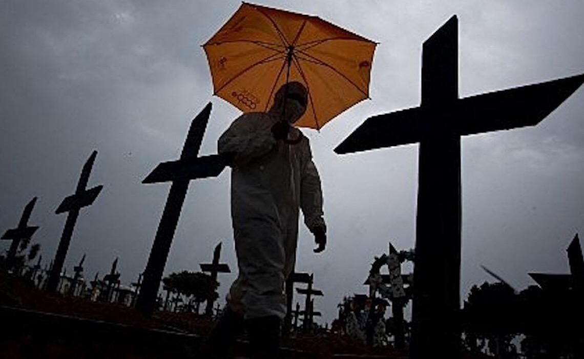 Brasil registra 2.723 mortes por covid-19