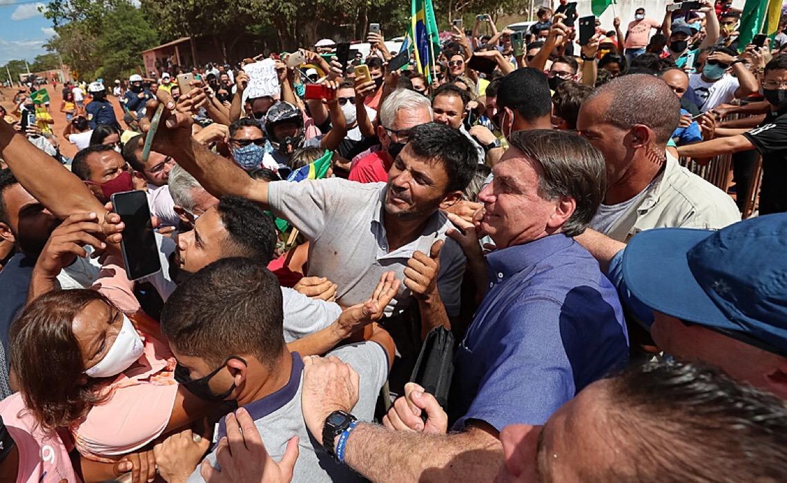 Vítimas da Covid-19 e familiares pedem condenação criminal de Bolsonaro
