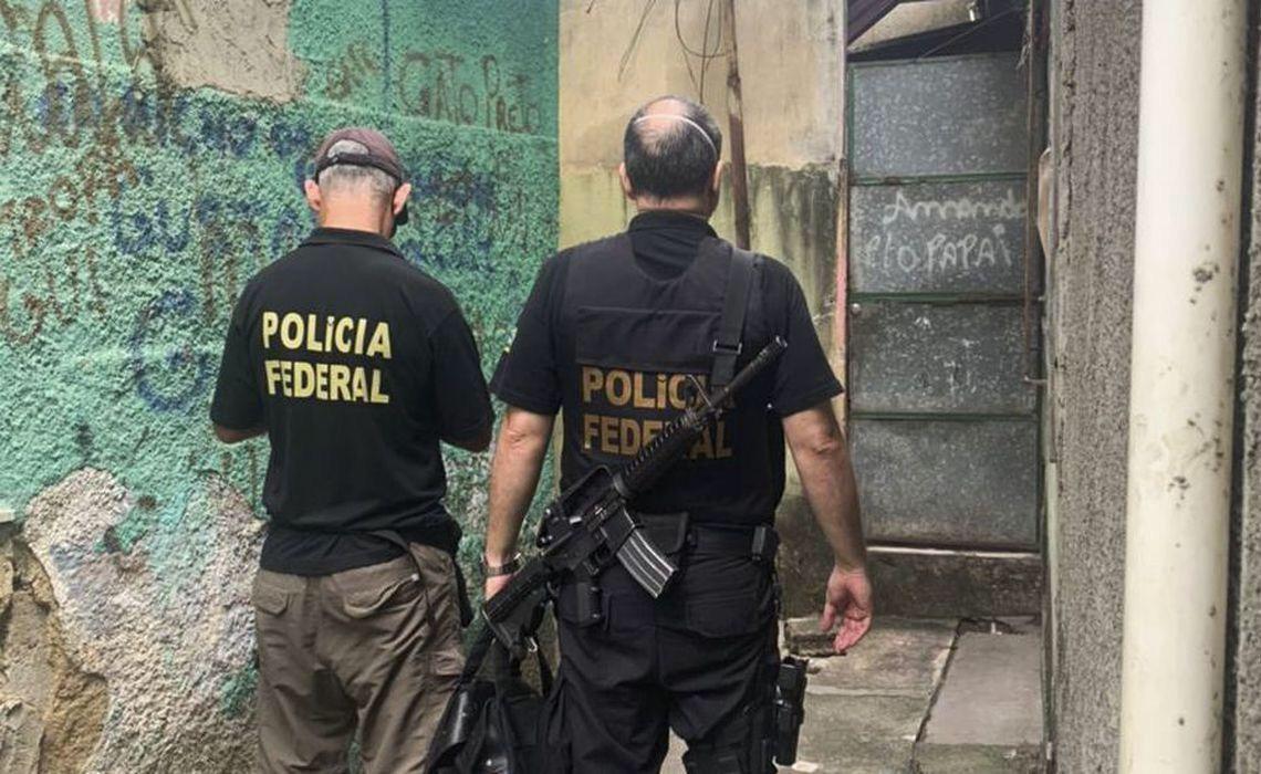 Polícia Federal faz operação para combater tráfico de criança para adoção ilegal